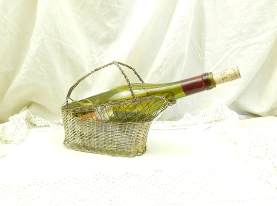 Vintage French Woven Silver Plated Wire Wine Bottle Serving Basket, Dinner Party Dining Retro Tableware from France, Brocante Home Decor