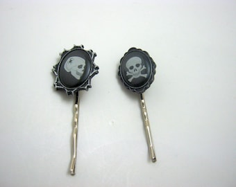 Day of the Dead Punk Pirate Gothic Skulls Horror Creepy Black Skulls Hair Pins Bobby Pins-Gift