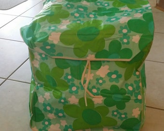 Retro Laundry bag, 1960s Flower power, vinyl laundy bag