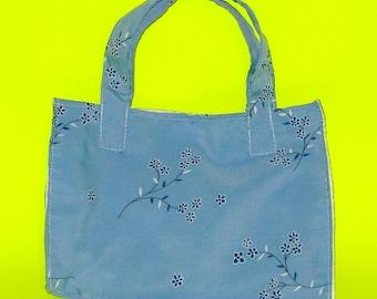 Natalia - Light Blue Flowers Delicate Flora Posies Classic Handbag Printed Purse