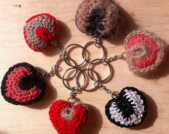 Heart to Crochet keychain in 2 colors/Valentines