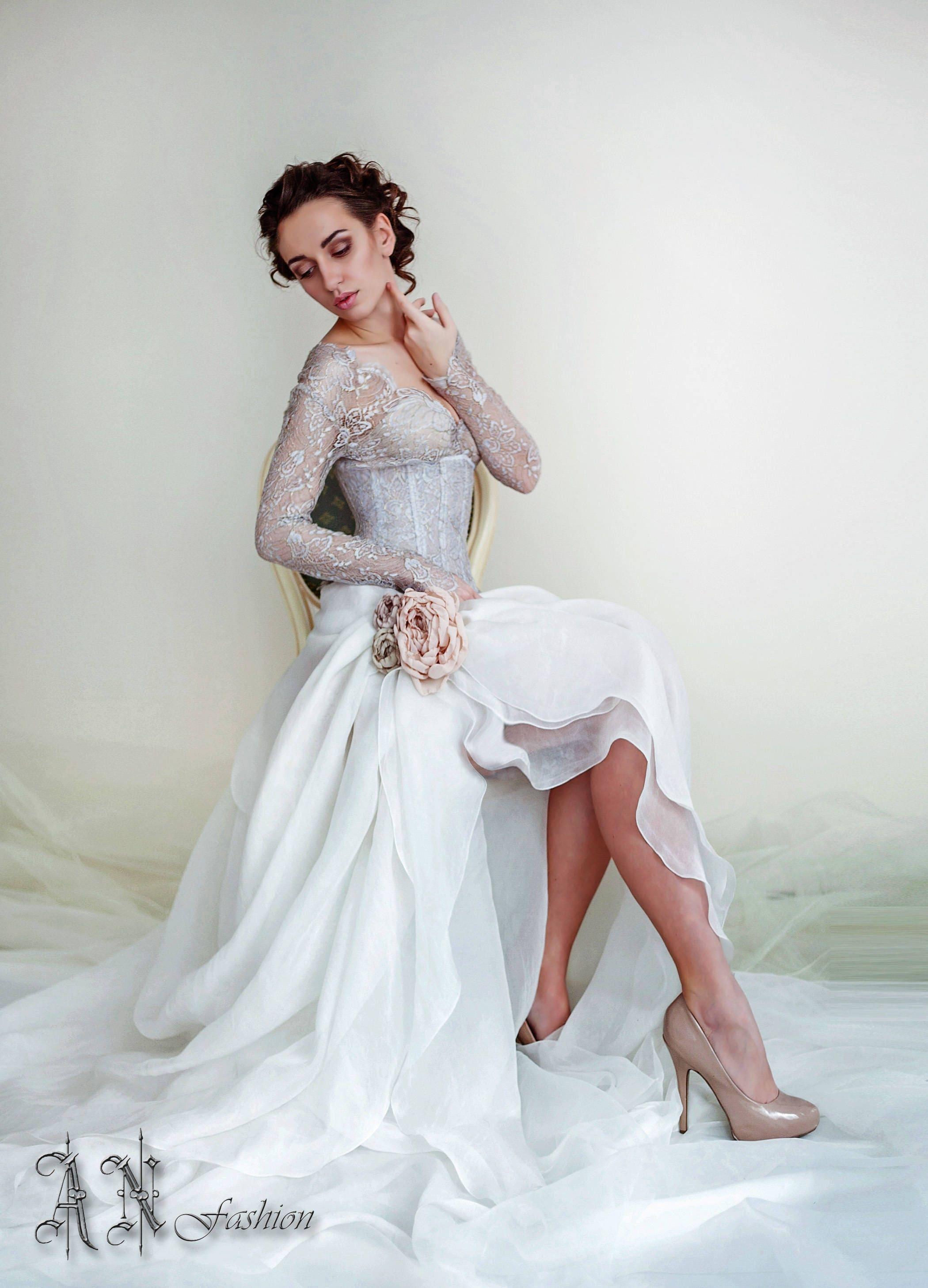 Ziemlich Halfter Hochzeit Hals Kleider Online Ideen - Brautkleider ...