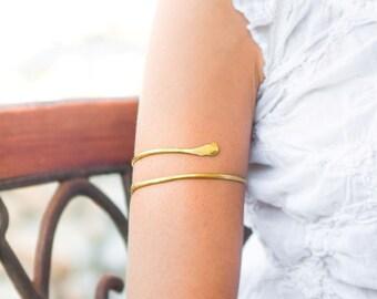 Gold Arm cuff, Upper arm bracelet, Brass Armlet, Gypsy boho style arm jewelry, Forearm bracelet, Sexy arm cuff, body jewelry, Made to order