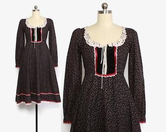 Vintage 70s GUNNE SAX DRESS / 1970s Navy Floral Velvet Corset Tie Lace-Up Midi Prairie Dress