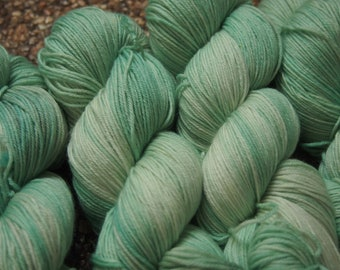 Amazonite ExF  Merino 19 - hand dyed yarn