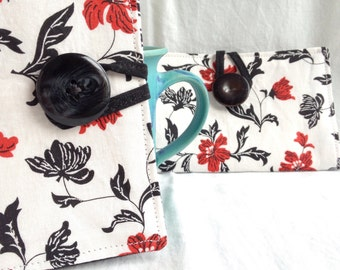 Red and white floral tea bag wallet / red, white and black tea bag case / cotton holder for tea bags / cotton wallet / gift for tea drinker