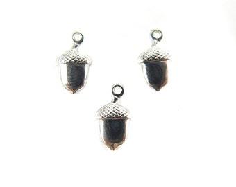 Tiny Vintage Rhodium Plated Acorn Nut Charms - (V390) (24x)