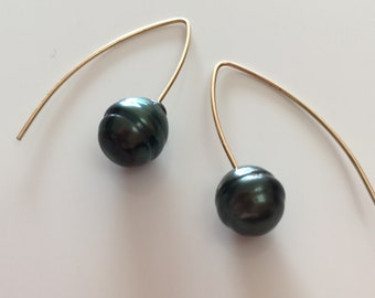 Small Tahitian pearl drop earrings