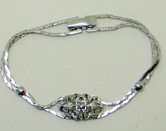 Vintage Sterling Floral Bracelet - Double Chain - Near Mint - 7.5 Inch Long - Floral Center Medallion - Sterling Silver