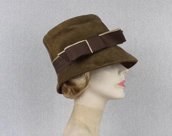 Beige Suede Cloche Hat - Vintage 1960s Bucket Hat - Brown Womens Hat