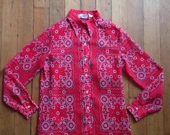 vintage 1970s bandana print blouse // 70s rockabilly top