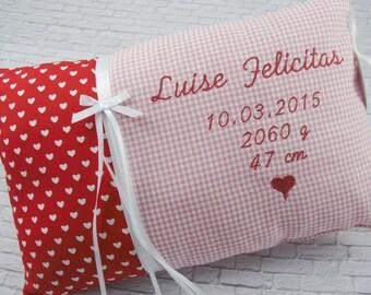Personalisiertes Kissen zur Geburt oder Taufe,  in rot und rosa, aus Baumwollstoff, ein tolles Kuschelkissen,Namenskissen, für Kinder.