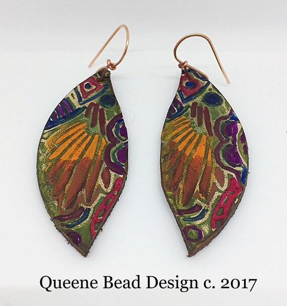 Handpainted Leather Earrings #queenebead