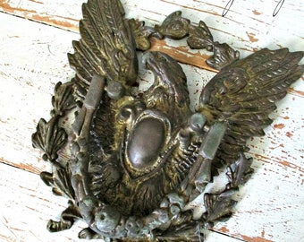FaBuLouS LaRGe ViNTaGe AMeRiCaN EaGLe DooR KNoCKeR!