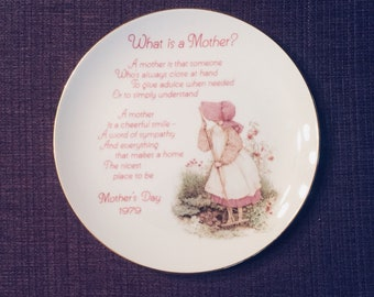 """Vintage Holly Hobbie, porcelain Mother's Day Plate, commemorative """"What is a Mother?"""" 1979 Mother's Day"""