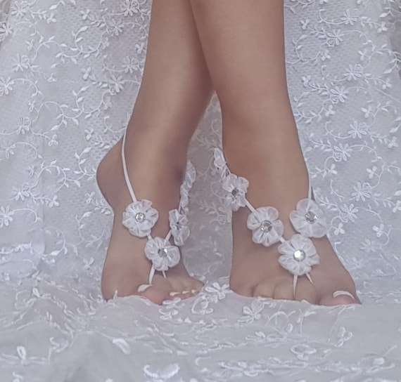 White wedding barefoot sandals  bridesmaid gift  flower wedding shoe barefoot wedding prom party  bangle beach anklets  bridal bride