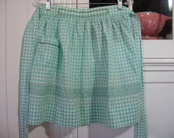 Vintage Green Gingham Apron - Great St. Patrick's Day Gift for the cook