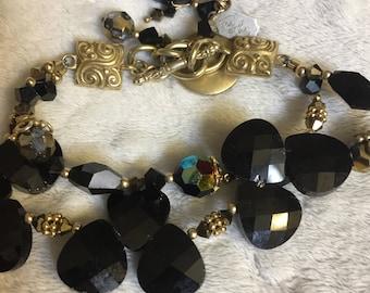 Trendy Black & Gold Bracelet