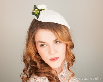 Fascinator wedding off white, bridal hair accessories, offwhite, lace headpiece bridal, bridal jewelry, white flowers, vintage wedding, 2018