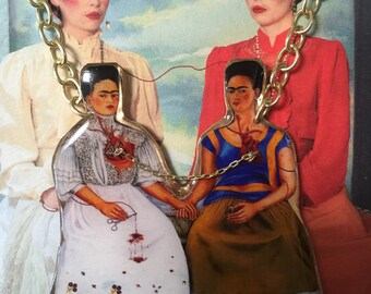 A tale of two Fridas necklace