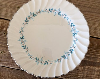 Vintage Myott Olde Chelsea Staffordshire England Bluebell Set of 4 Dinner Plates
