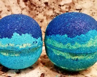 Mermaid MONDO BATH BOMB ~ Sea Island Scent / Organic Oils / Vegan  / Gluten free / Hidden Seashell