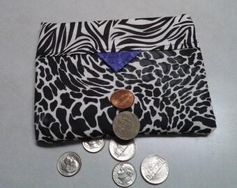 Black White Snappy purse
