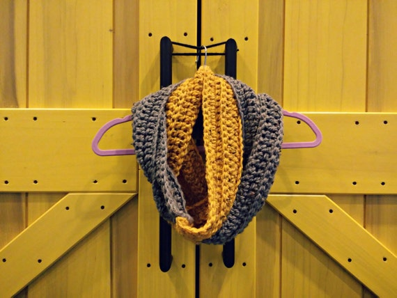 Chunky color block ribbed infinity scarf in mustard yellow and charcoal