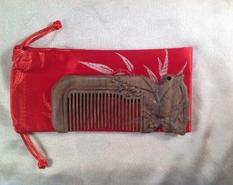 B0010A- Wooden Comb