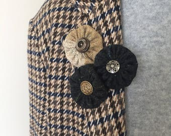 Tweed Rosette Button Brooches