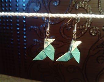"Green gingham ""casseroles"" origami earrings"