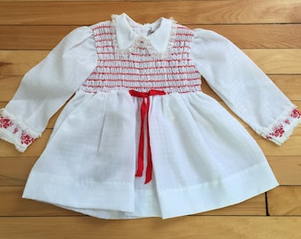 Vintage 1970s Baby Infant Girls White Red Smocked Embroidered Floral Lace Dress! Size 12 months