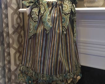 BOUTIQUE PILLOWCASE DRESS / Elegant Browns and Greens