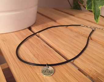 Travel Mountain Choker Necklace