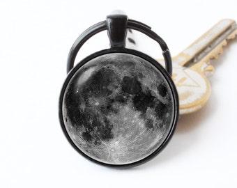 Grey moon keychain Moon keyring Moon jewelry Moon pendant Full moon key ring Moon key chain Cosmos keychain Moon gift Space jewellery