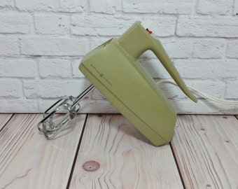 Vintage Working Hand Mixer Avocado Green General Electric