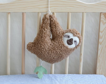 Spieluhr, sloth (brown), Faultier, Baby music box, Baby shower, Baby must haves, Baby toys handmade, Baby girl, Baby boy, Baby music, softie