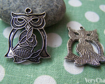 10 pcs of Antique Silver Filigree Owl Pendants Charms 22x28mm A1413