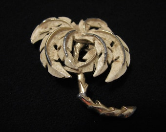 Vintage Gold Tone and White Enameled Palm Tree Pin Brooch