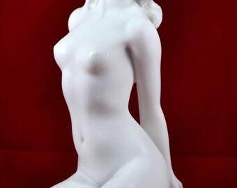 nude-women-as-greek-gods-black-girls-covered-in-cum