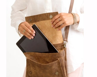 Sale!!! Distressed Brown leather Messenger Bag women / Medium Small Brown Leather Handbag / IPad leather messenger bag