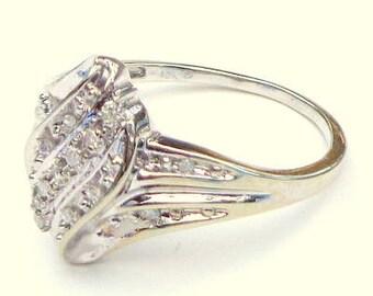 10K White Gold, 15 PT, Diamond Ring Cluster Ring,  2.7grams, Vintage Ring, Promise Ring, Engagement Ring, Wedding,White Diamonds
