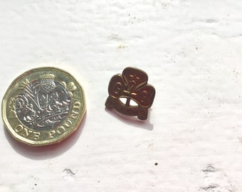 Vintage Girl Guide mini promise badge, rare 1930s button lapel badge, Girl Guide Association, collectible