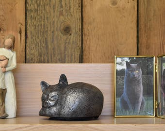 Cat ashes pet urn handmade to go in the home or garden