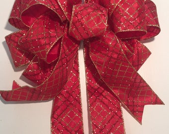 Elegant Red and Gold Christmas Tree Bow