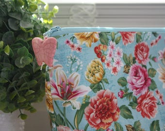 Large Blue Floral Cosmetic or Wet bag with Zipper Pull, Water Resistant Interior