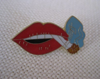 Vintage Smoking Lips Pin