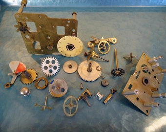 1940s Steampunk Clock Parts Creme Dial Gears