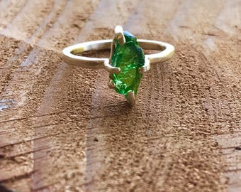 Rough Raw Natural Tsavorite Garnet Green Gemstone ring Recycled 14k Gold