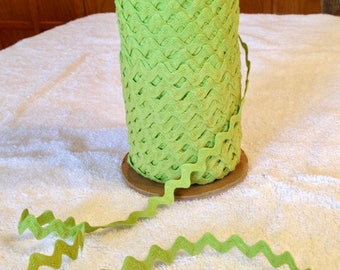 Vintage Cotton Ric Rac - 1/2 Inch - Chartreuse - 5 Yards - 6 Dollars